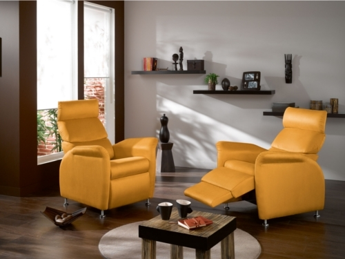fauteuil relax design optez pour la sobri t et le confort. Black Bedroom Furniture Sets. Home Design Ideas